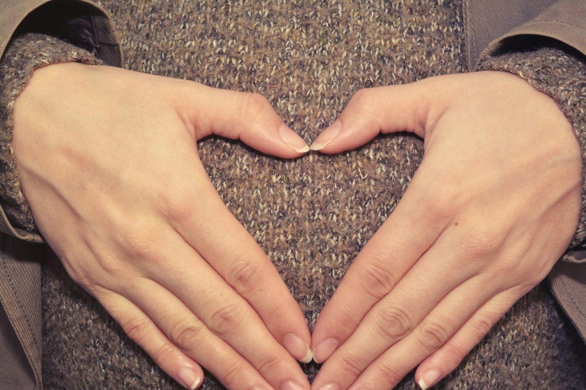 5 pierwszych objawów, po których rozpoznasz że jesteś w ciąży